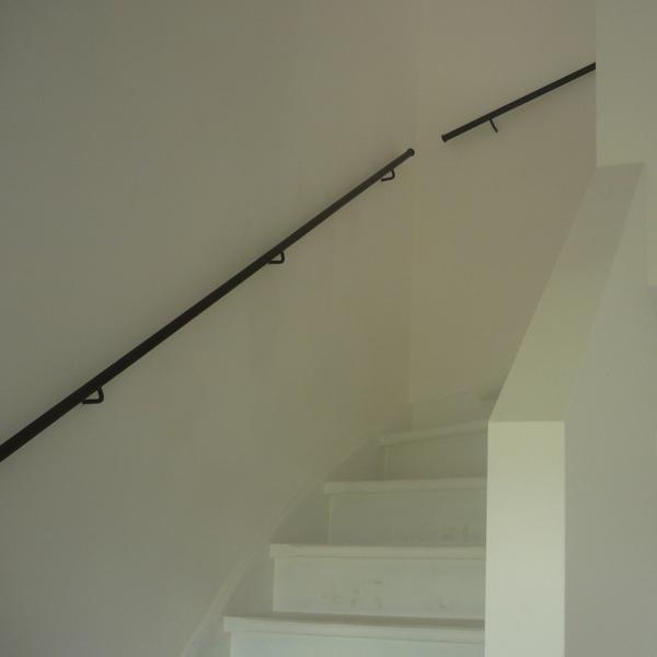 Strakke smeedijzeren leuning trapleuning op maattrapleuning op maat - Leuning smeedijzeren trap ...
